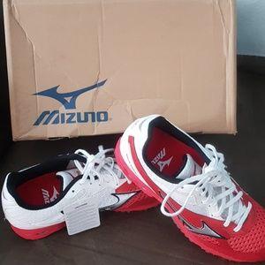Mizuno wave Ronin 4 new red white 8.5